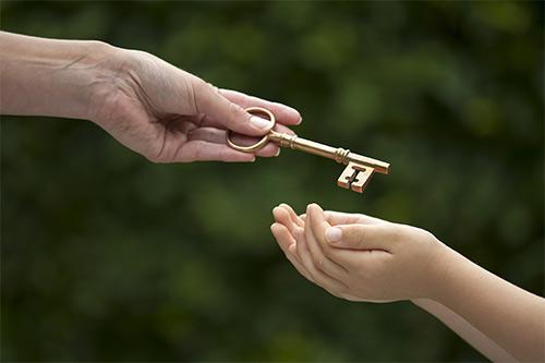 Schlüssel weitergeben - Rechtsanwalt Erbrecht