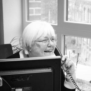 Telefonat im Büro